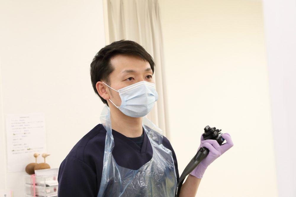 便秘が治らない場合、大腸内視鏡検査で確認をすることがあります。